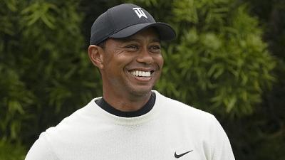 Golf, Woods torna ad allenarsi