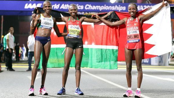 Mondiali atletica: maratona donne caos