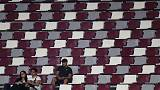 Organisers blame late starts and boycott for empty stadium