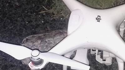 Drone in campo, stop 25' match E.League