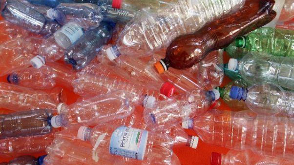 Sardegna, stop plastica in Consiglio