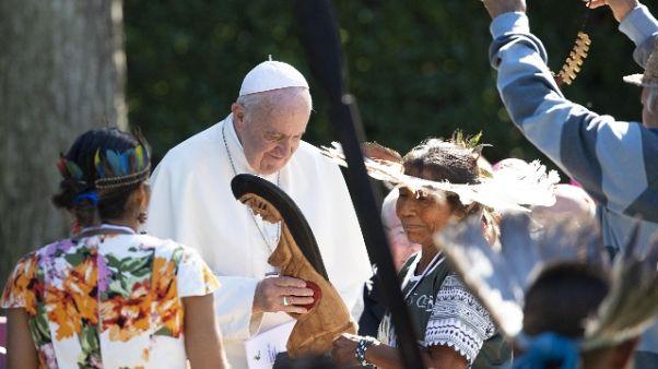 Il Papa pianta albero Assisi in Vaticano