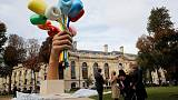 Koons unveils giant 'Bouquet of Tulips' tribute to victims of 2015 Paris attacks