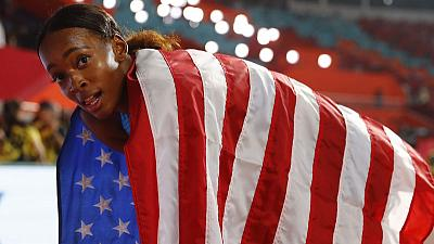 American Muhammad breaks own world record to win 400m hurdles