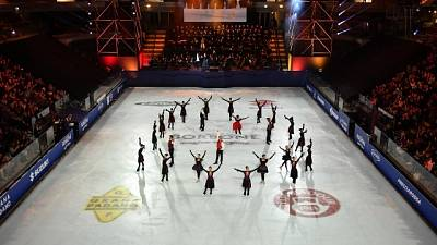 Plushenko incanta,standing ovation a zar