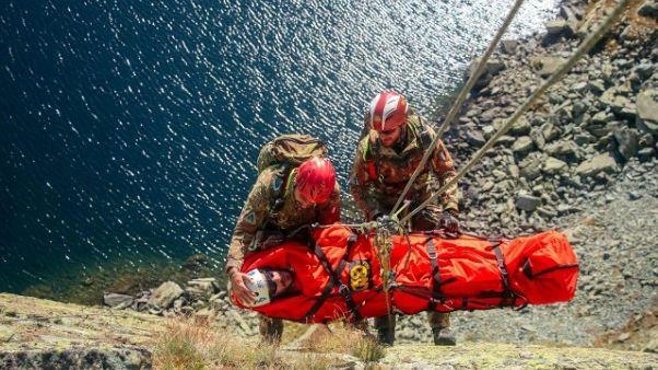 Alpini,soccorso escursionista su Monviso