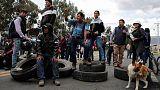 Ecuador indigenous groups, workers keep pressure on Moreno