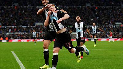 Longstaff enjoys dream debut as Newcastle beat Man Utd