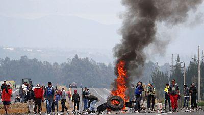 Ecuador arrests shopkeepers, man dies as protests rage