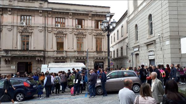 Scossa 4.0 a Catanzaro, scuole evacuate