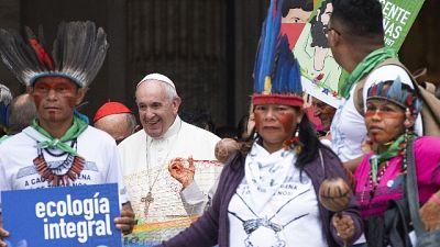 Amazzonia: Papa, noi in punta di piedi