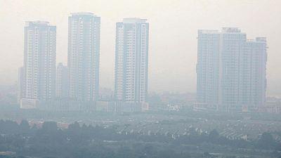 Air quality app under 'coordinated attack' in Vietnam amid heavy Hanoi smog