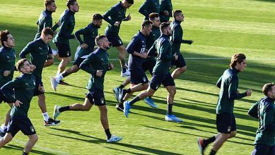 Azzurri si allenano in maglia verde