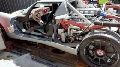 Prototipo auto corsa sequestrato