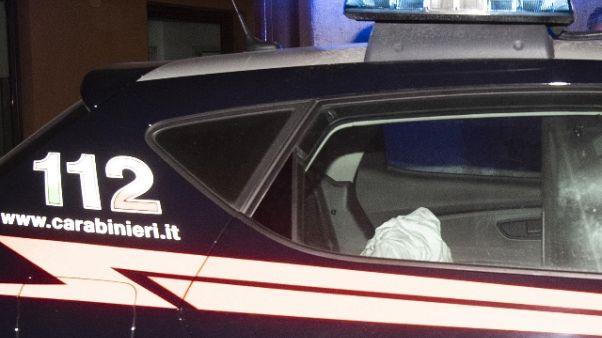 Stupra ragazza in strada a Milano, preso