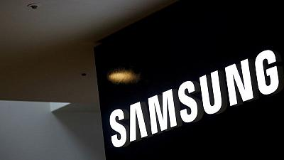 Samsung's third-quarter profit estimate exceeds expectations on smartphone sales