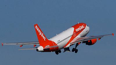 EasyJet says strikes at rivals to help revenue