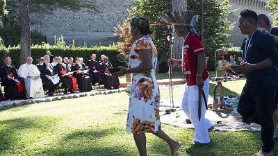 Vescovo, no alternativa a preti sposati