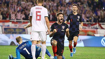 Croatia thump Hungary to stay on course, Slovakia hold Wales