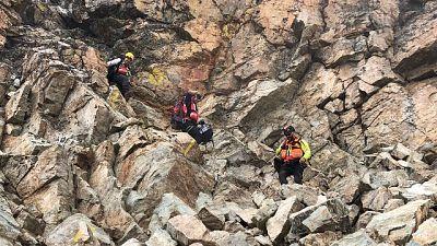 Sassi sul Monviso, ferito un alpinista