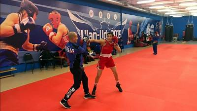 Boxe: Mondiali donne, Carini in finale