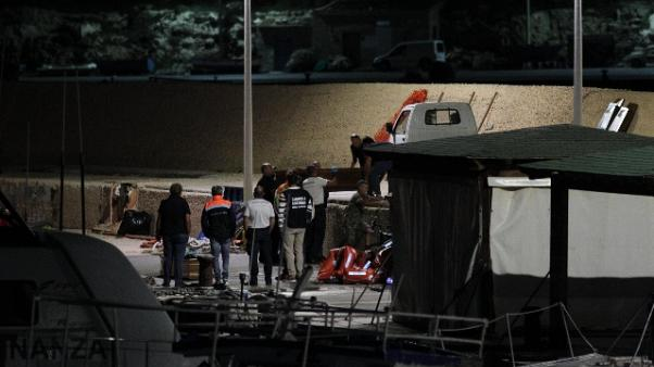 Migranti: Alarm Phone, barca in pericolo