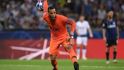 Dutchman Vorm returns to Spurs as goalkeeping cover
