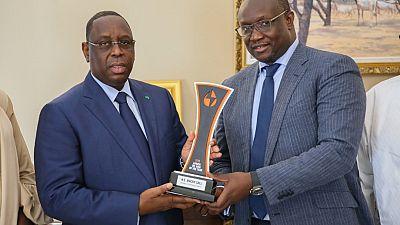 L'industrie pétrolière et la société civile félicitent Macky Sall, « Homme de l'Année » de l'industrie pétrolière en Afrique, qui prend des mesures audacieuses pour développer l'industrie des hydrocarbures sénégalaise