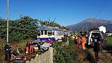 Treno travolge auto, ferito conducente