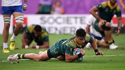 Australia gamble on teenager Petaia for England clash