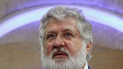 Israel envoy demands probe after effigy of Jewish tycoon left at Ukraine synagogue