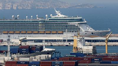 Cruise ships in French waters agree to pollute less