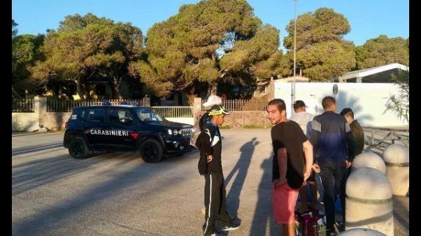 Migranti, continuano sbarchi in Sardegna