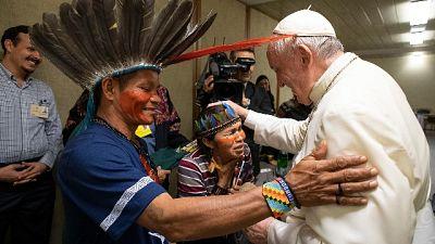 Sinodo: vescovi divisi su preti sposati