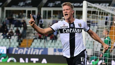 Parma-Genoa 5-1