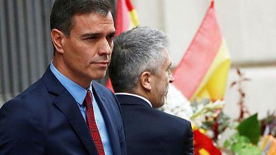 Spanish PM visits Barcelona, criticises regional chief