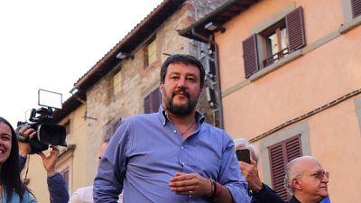 Governo: Salvini, litigano più di noi