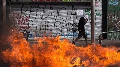 Cile: Papa, fine violenze, torni dialogo