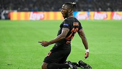 Batshuayi spurs Chelsea to victory in Amsterdam