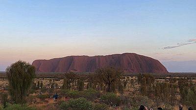 Tourists line up to scale Australia's Uluru hours ahead of climb ban