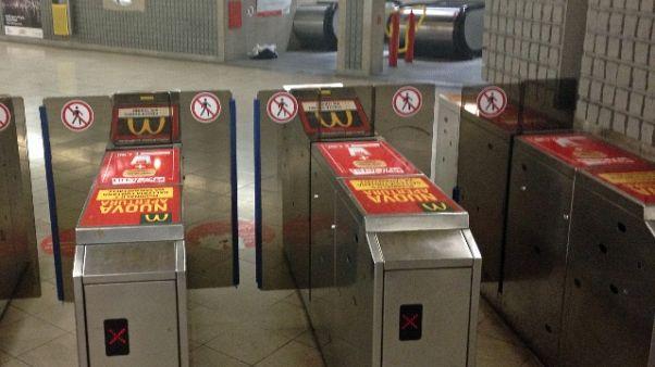 Spray urticante in metro Milano, malori