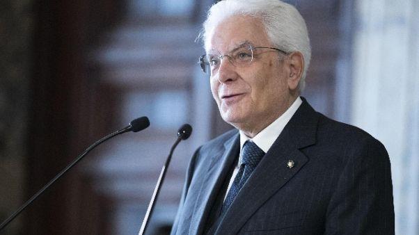 Manovra: Mattarella, serve fisco equo