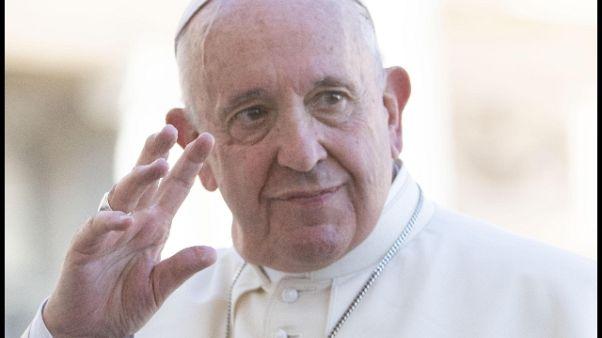 Papa, elite guardino oltre le 'cosette'