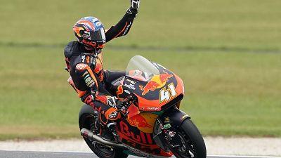 Binder vince in Moto2 e riapre mondiale
