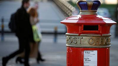 Royal Mail offers to hold talks with CWU if union removes strike threat