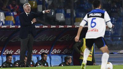 Proteste Napoli, rosso Ancelotti 5' stop