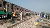 Fire sweeps Pakistani train, killing 73, after cooking fire