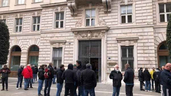 Fabbrica bombe Sardegna: mobilitazione