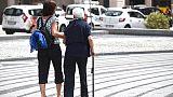Ex badante sequestra anziani in rapina