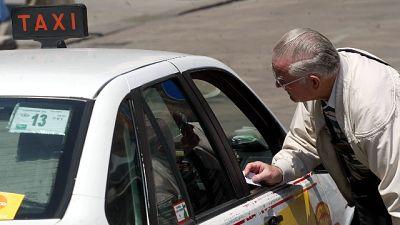 Milano,guardie mediche in visita in taxi
